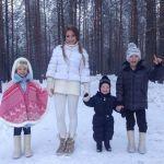Подробнее: Юлия Барановска не смотря ни на, что верит в Деда Мороза