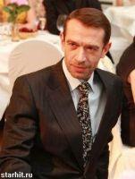 Подробнее: Владимир Машков сел на диету ради своего героя