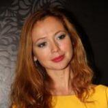 Подробнее: Елена Захарова на выставке продемонстрировал свою фигуру