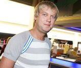 Подробнее: Новой подругой Сергея Светлакова окрестили актрису Настю