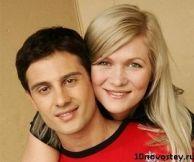 Подробнее: Антон Макарский заставил супруг искать отца, который бросил ее много лет назад
