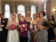 Подробнее: Алика Смехова выдает замуж Эппле