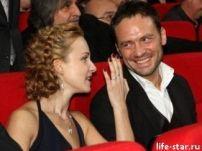 Подробнее: Анна Снаткина и Виктор продали права на свою свадьбу