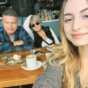 Подробнее: Анжелика Варум и Леонид Агутин поздравили дочь с совершеннолетием