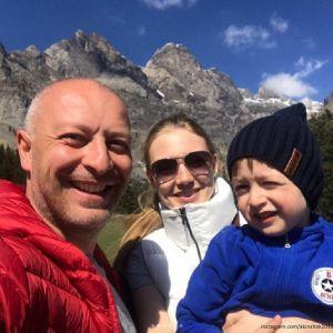 Подробнее: Оксана Акиньшина путешествует с мужем и детьми по Швейцарии