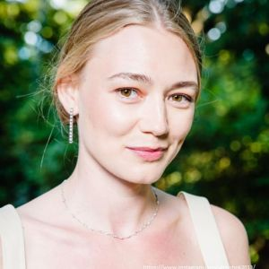 Подробнее: Оксана Акиньшина мечтает о сексе и отдыхе без детей