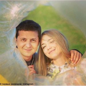 Подробнее: Оксана Акиньшина постарела и стала брюнеткой