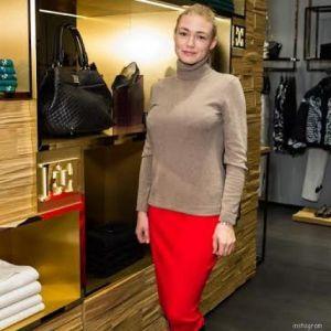 Подробнее: Оксана Акиньшина не знает за кого больше боится за себя или детей