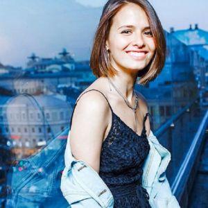 Подробнее: Любовь Аксенова больше не скрывает своего мужа