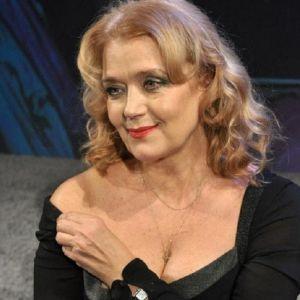 Подробнее: Ирина Алферова боится пластики