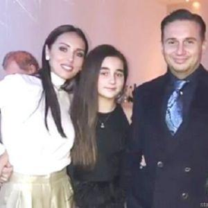Подробнее:  Алсу вместе с мужем поддержали дочь Микеллу на шоу «Голос. Дети»