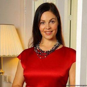 Подробнее: Екатерина Андреева омолаживается золотом