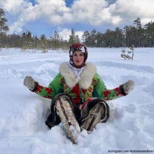 Подробнее: Екатерине Андреевой для занятия йогой не страшны 35-градусные морозы