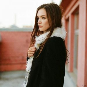 Подробнее: Паулина Андреева запела в метро