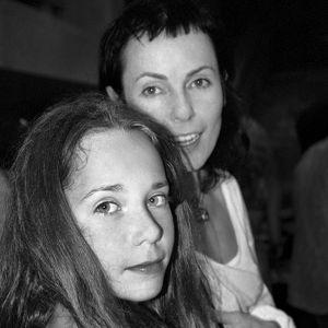Подробнее: Ирина Апексимова пришла на премьеру с 26-летней дочерью, у которой заметно изменилась фигура