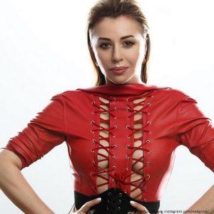 Подробнее: Алена Апина рассказала о нападках бывшего мужа