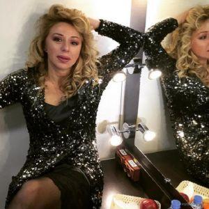 Подробнее: Алена Апина  любит зеркало больше, чем холодильник