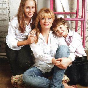 Подробнее: Анна Ардова гордится своей дочерью Соней
