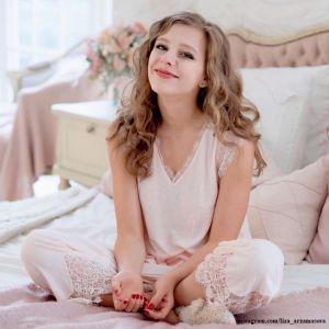 Подробнее: Лиза Арзамасова спровоцировала разговоры о тайной свадьбе