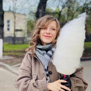Подробнее: Беременная Елизавета Арзамасова показала, как проводит пасхальную неделю с мужем и пасынком