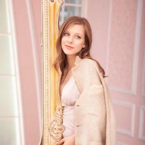 Подробнее: Лиза Арзамасова, будучи беременной, заразилась КОВИД 19