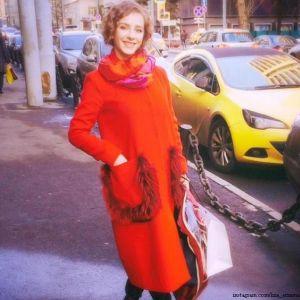Подробнее: Елизавета Арзамасова: о маме, фотосессиях и красной помаде