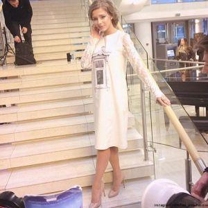 Подробнее: Елизавета Арзамасова выбрала для «Ники» оригинальное платье