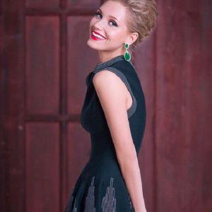 Подробнее: Кристина Асмус поздравила с Новым годом и объявила конкурс