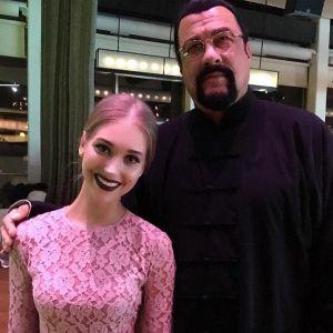Подробнее: Кристина Асмус познакомилась с голливудской звездой