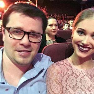 Подробнее: Кристина Асмус и Гарик Харламов показали страстный поцелуй (видео)