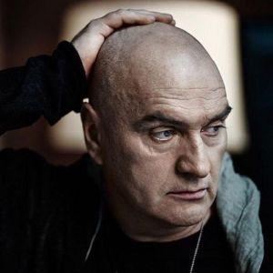 Подробнее: Александр Балуев не может побороть свои детские комплексы