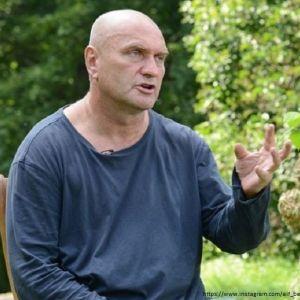 Подробнее: Александр Балуев рассказал о своей госпитализации