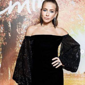 Подробнее: Юлия Барановская закрутила роман с известным певцом