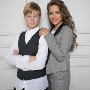 Подробнее: Юлия Барановская написала трогательное поздравление старшему сыну в день его 14-летия