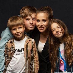Подробнее: Юлия Барановская показала красавца-сына в день его 15-летия