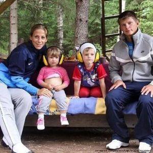 Подробнее: Впервые за два года Андрей Аршавин повидал своих детей