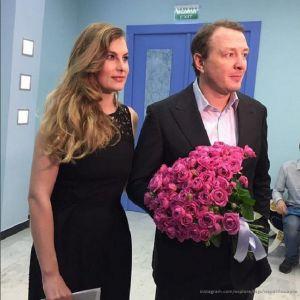 Подробнее: Марат Башаров посетил презентацию сериала «Пьяная фирма» с бывшей и нынешней женой