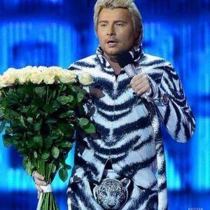 Подробнее: Николая Баскова заставляют быть обезьяной в Новый год