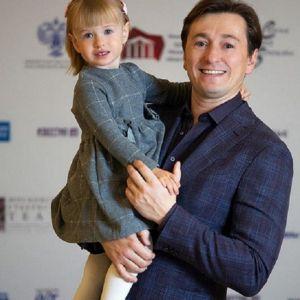 Подробнее: Сергей Безруков показал снимок подросшей дочери