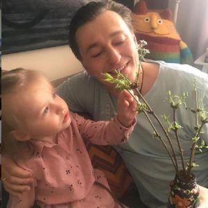 Подробнее: Сергей Безруков рассказал об успехах  дочери Маши в неполных три года