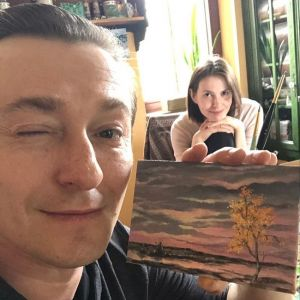 Подробнее: «Как полотно Мане!»: Сергей Безруков показал дачное фото с женой и детьми