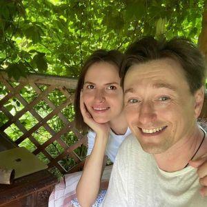 Подробнее: Сергей Безруков поделился семейными кадрами в честь дня рождения жены