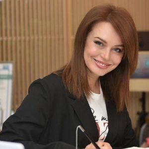 Подробнее: Ирина Безрукова решила поделиться секретом красоты после пятидесяти