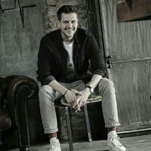 Подробнее: Милош Бикович дебютировал в качестве продюсера в сериале «Посольство»