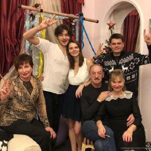 Подробнее: Елизавета Боярская поделилась фото с крестин 5-месячного сына