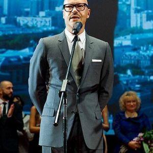 Подробнее: Федор Бондарчук хочет снять продолжение фильма «Призрак»