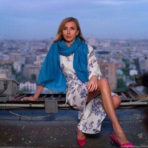 Подробнее: Светлана Бондарчук опубликовала селфи в абсолютно прозрачном платье