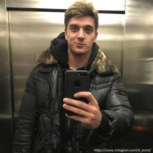 Подробнее: Станислав Бондаренко ходит по магазинам с месячной дочкой