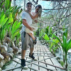 Подробнее: Станислав Бондаренко поделился пикантным фото с женой