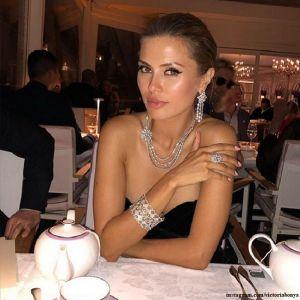Подробнее: Виктория Боня появилась в Каннах в обществе французского миллионера